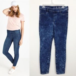 2/$18 Cotton On The Pull On High Rise Jeans Size 6
